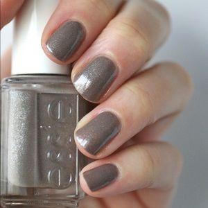 Essie MOCHACINO nail color gray shimmer